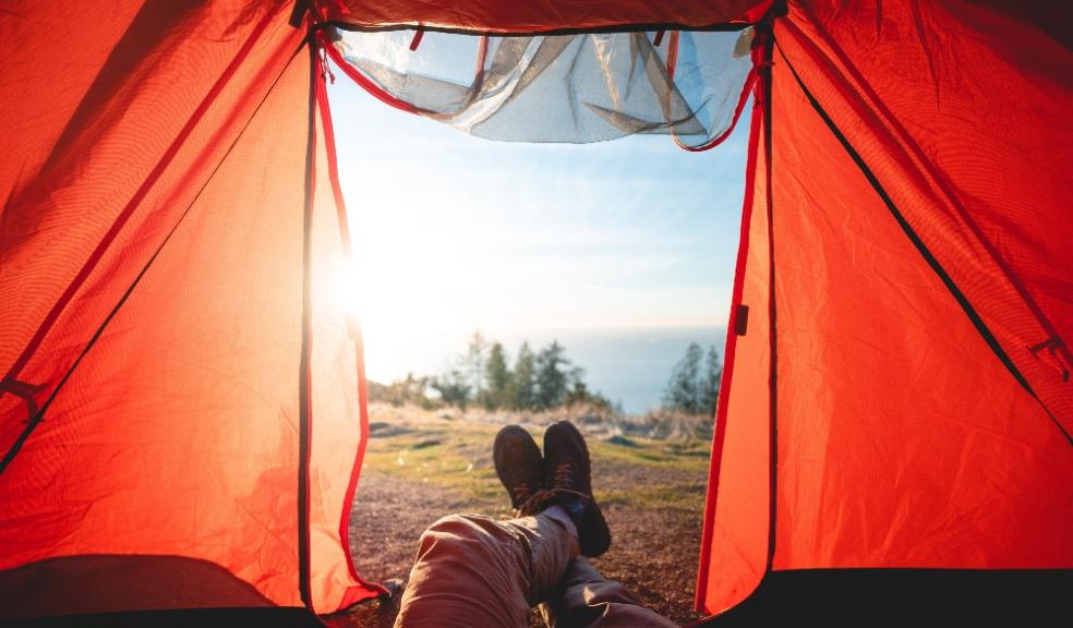 uswitch camping in a heat wave.- tent with pen doors